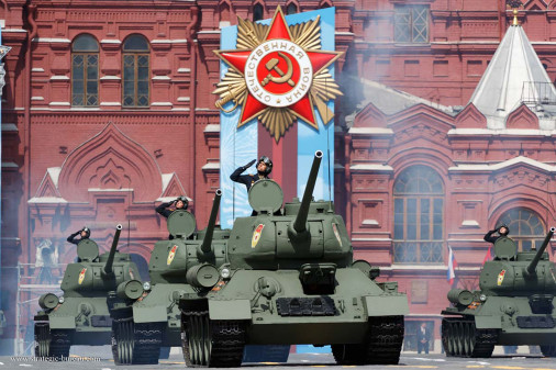 Defilé_9mai2021_Russie_A106_T-34