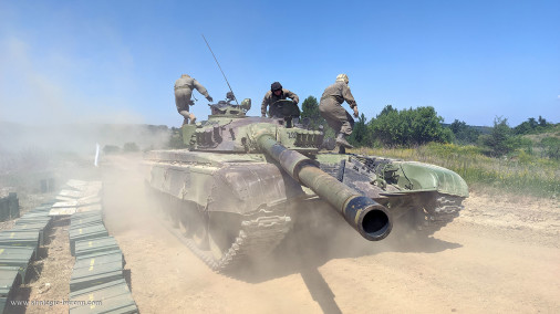T-72M_char_Serbie_Biathlon2021_A101