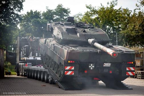 Leopard_2A7V_char_Allemagne_A201_livreson